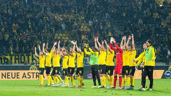 Borussia Dortmund obliterate Odds BK 7-2 (11-5 agg) to confirm Europa League group stage qualification