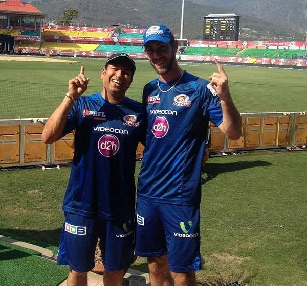 Video: Glenn Maxwell mimics Sachin Tendulkar's trademark shots