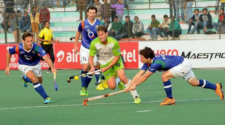 Are Hockey India League franchises steering clear of spending big on few players?