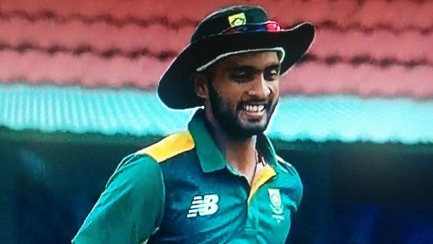 Mandeep Singh brought on to field for South Africa 'A' against India 'A'