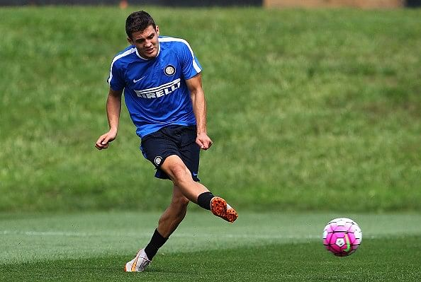 Real Madrid sign Croatian midfielder Mateo Kovacic from Inter Milan