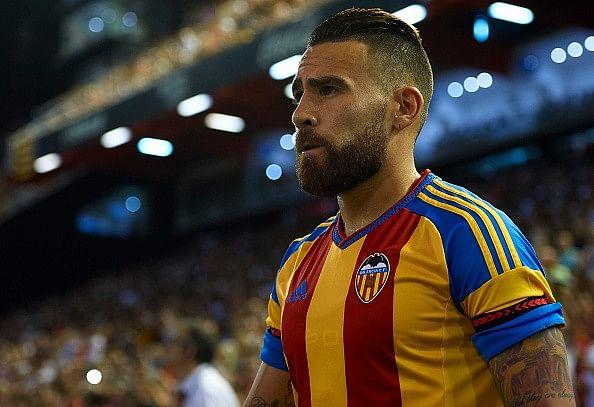 Rumour: Manchester United plotting bids for Nicolas Otamendi and Lucas Biglia