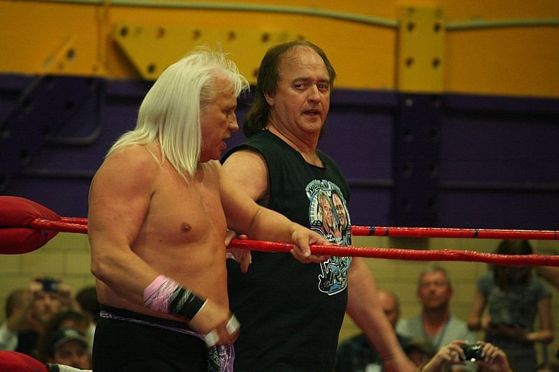 Robert Gibson talks training Cody Rhodes, being underpaid in the NWA, teaming with Dusty Rhodes