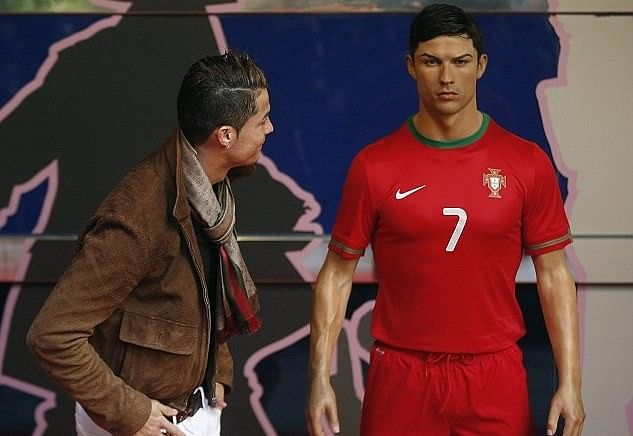 Cristiano Ronaldo pays £20,000 for wax statue of himself