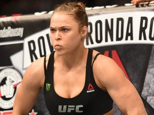 Rousey to face Holly Holm at UFC 195, Arlowski on title shot and making more money