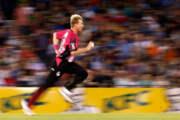 Studying Brett Lee's bowling action