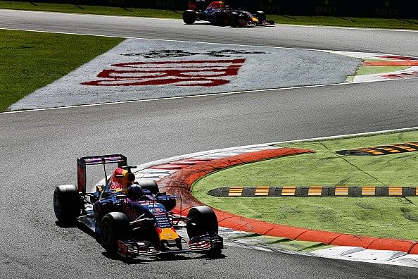 Mercedes say no to supplying engines to Red Bull