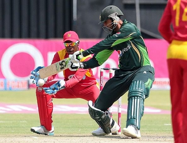 Imad Wasim's all-round effort takes Pakistan to victory against Zimbabwe in 1st T20I