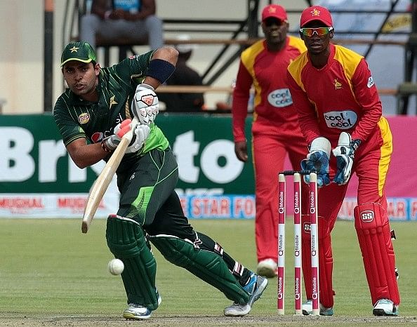 Pakistan beat Zimbabwe by 15 runs to win the series 2-0