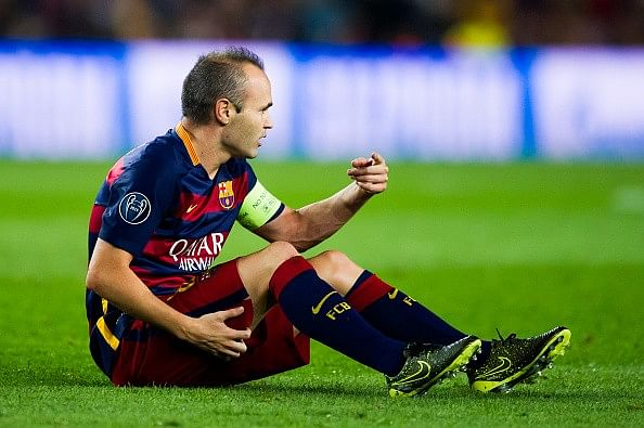 Hamstring injury to keep Barcelona captain Andres Iniesta out for four weeks
