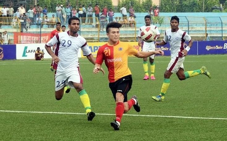 East Bengal smash four past Mohun Bagan to win 6th consecutive Calcutta Football League