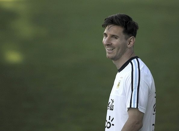 Video: Lionel Messi leaves Houston Dynamo academy players in awe