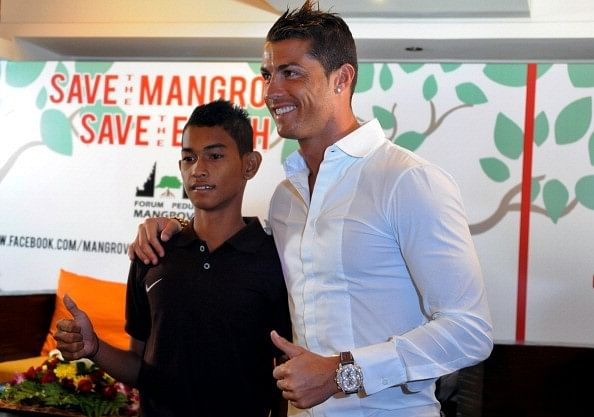 Cristiano Ronaldo meets Tsunami victim he helped 11 years ago