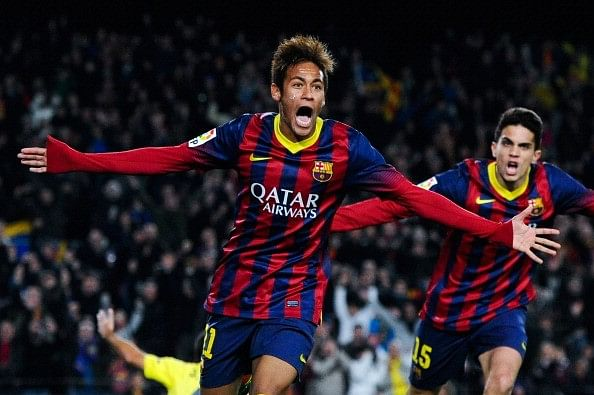 Neymar could play as a striker says Luis Enrique