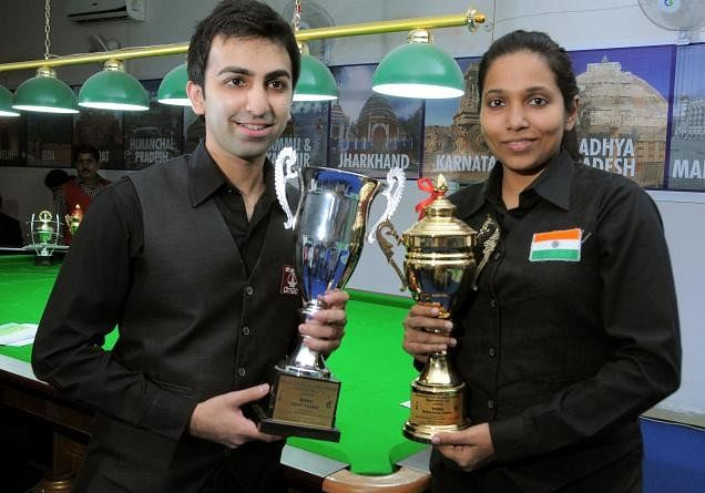 Why has the government been overlooking 2013 World Snooker Champion Vidya Pillai for an Arjuna award?