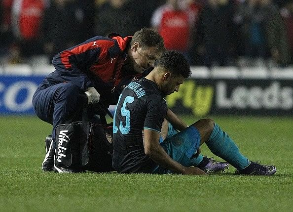 Arsene Wenger confirms injury layoff for Theo Walcott, Alex Oxlade-Chamberlain