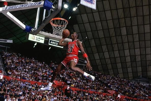 history of the slam dunk in basketball