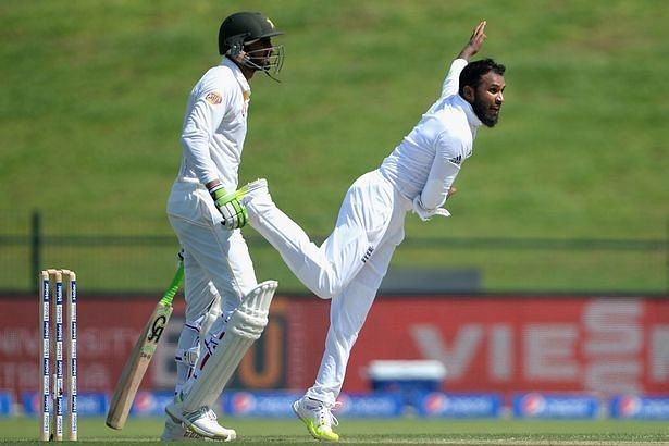 Adil Rashid's 5-wicket haul helps England come agonizingly close to a victory against Pakistan
