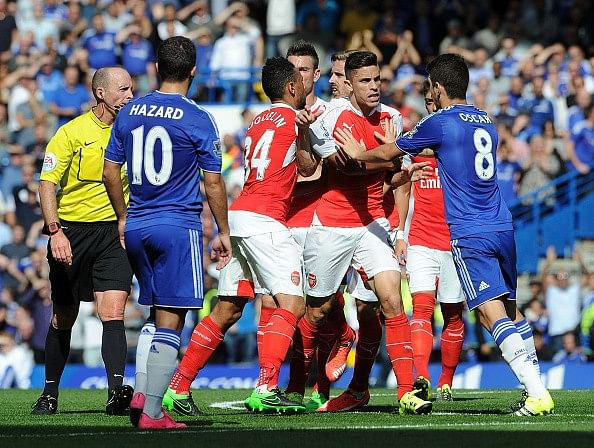 Arsenal, Chelsea fined by the English FA for failing to control their players