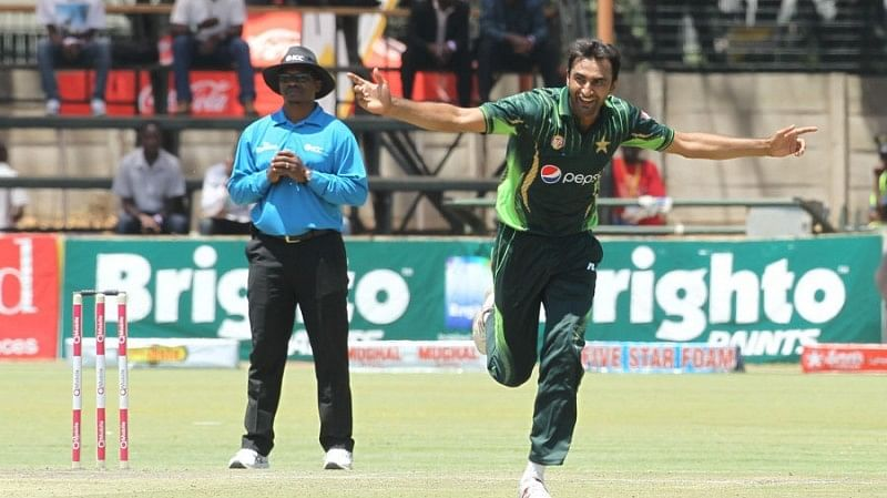 Pakistan's Bilal Asif reported for suspect action