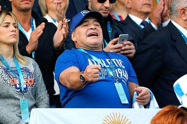 Video: Maradona dancing with Argentine Rugby team