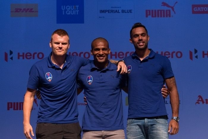 Versatility and experience - what Riise and Malouda bring to the Dynamos