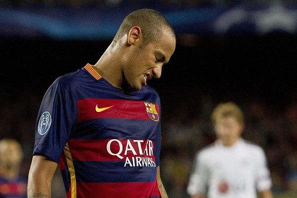 Neymar says it was difficult for Barcelona to win with Camp Nou fans whistling at players