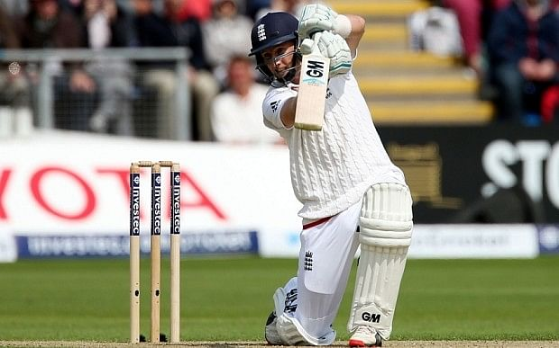 Joe Root stands in the way of a Pakistan victory in the 2nd Test at Dubai