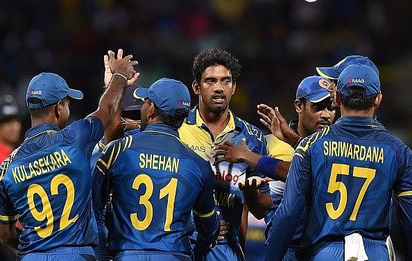 World champions Sri Lanka win by 30 runs, Dilshan becomes highest T20I run-scorer