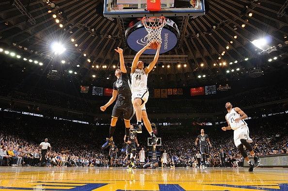 Golden State Warriors continue winning streak, beat Brooklyn Nets