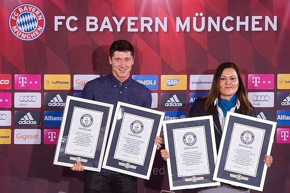 Robert Lewandowski honoured by the Guinness World Records for his 5 goals in 9 minutes against Wolfsburg