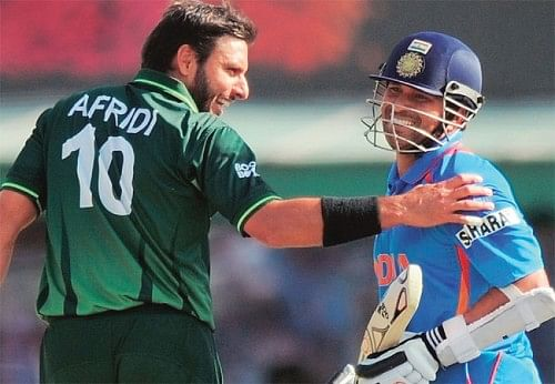 Shahid Afridi wants to play against India