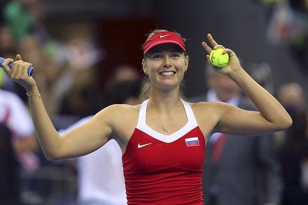 Sharapova helps Russia level 1-1 with Czech Republic in Fed Cup final