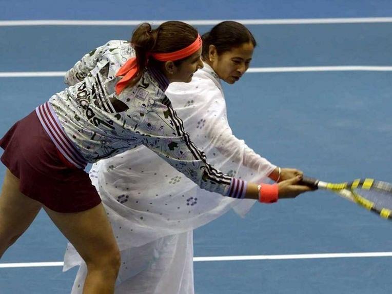 Video: Sania Mirza turns coach for Mamata Banerjee