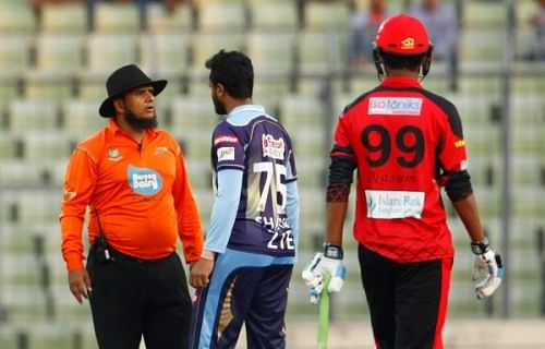 Shakib al Hasan receives one-match suspension for misbehaving with umpire