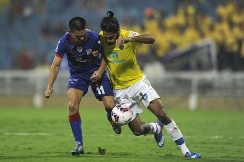 ISL 2015: Kerala Blasters leave it late to salvage a point after 1-1 draw with Mumbai City