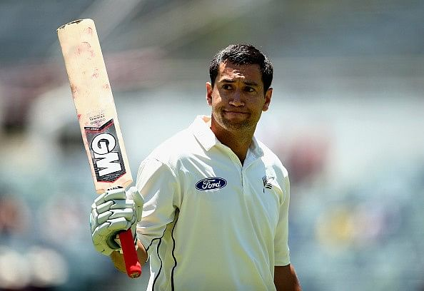 Ross Taylor to play for Sussex