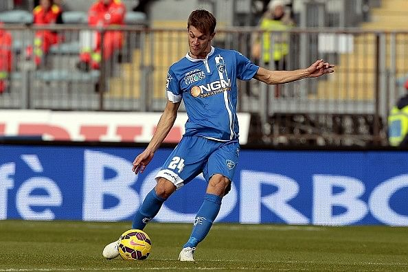 Daniele Rugani - 10 best young defenders in the world