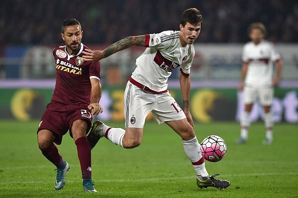 Alessio Romagnoli - 10 best young defenders in the world