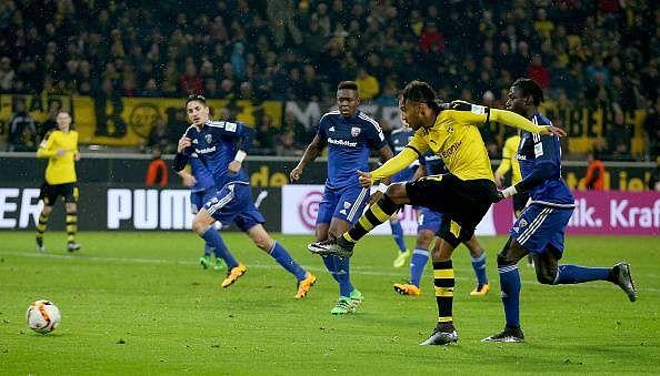 Dortmund victorious, Berlin held by Bremen in the Bundesliga