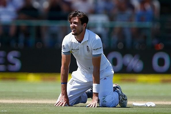 Steven Finn blames Newlands backdrop for dropped catches on Day 3 of the second test match against South Africa