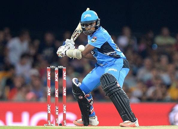BBL 15: Adelaide Strikers thrash Brisbane Heat to go top