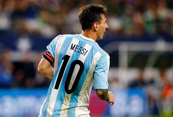 Poor Iraqi kid wearing 'plastic bag' Lionel Messi jersey ...