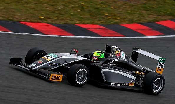 Pietro Fittipaldi beats Harrison Newey and Mick Schumacher to inch closer to title