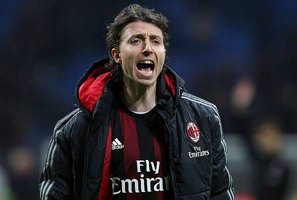 AC Milan captain Riccardo Montolivo says derby against Inter Milan is crucial