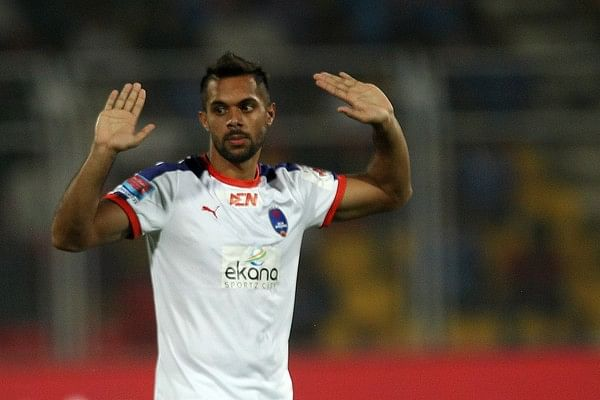 Delhi Dynamos' statement on Robin Singh regarding reports of contract tussle with Bengaluru FC