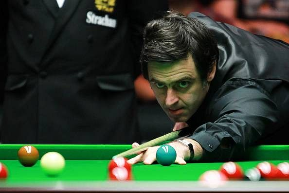 Snooker Masters: Ronnie O'Sullivan to meet Mark Selby in the quarter-final