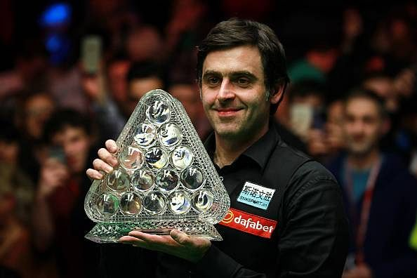 Ronnie O'Sullivan crushes Hawkins to win sixth Snooker Masters title