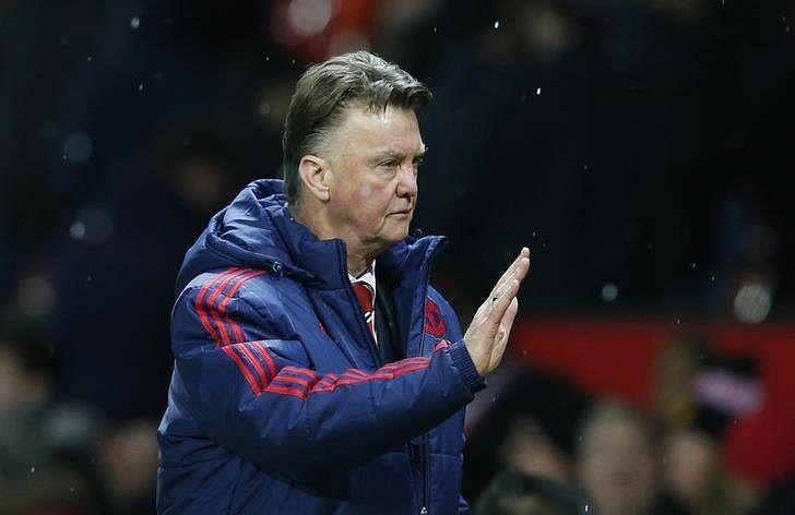 Van Gaal unsure of future if United miss Champions League