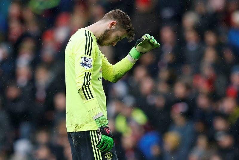 De Gea own goal hands Sunderland vital win